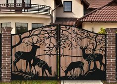 52 Fantastic Gate Design Ideas That Protect Your Home Iron Gate Design, House Gate Design, Gate House, Door Design, Metal Gates, Wrought Iron Gates, Driveway Gate, Fence Gate, Gabion Fence