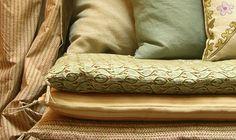 Courte pointe caravane deco pinterest inde linge de for Caravane chambre 19 meubles