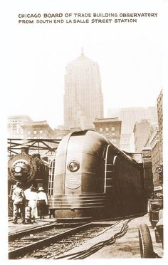 POSTCARD - CHICAGO - TRAIN - NYC STREAMLINED STEAM ENGINE - LASALLE STREET…