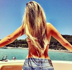 cant wait until my hairs this long. love her hair