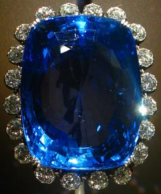 """✯ The 423 carat """"Logan Sapphire"""" from Sri Lanka - The Second Largest known Blue Sapphire. Photo by Andrew Bossi ✯"""