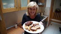 Video recept Tvarohové jablkové lievance   Zuzana Machová Pancakes, Pudding, Breakfast, Desserts, Food, Morning Coffee, Tailgate Desserts, Deserts, Custard Pudding