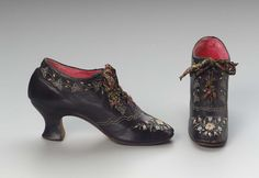 Pair of women's regional shoes, 1900-20, Limoges, France.