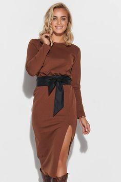 Ένας χώρος με ιδιαίτερα γυναικεία ρούχα και αξεσουάρ , με υψηλή ποιότητα και προσιτές τιμές. Έχουμε τα πιο στιλάτα είδη μόδας, μην ψάχνετε πουθενά αλλού, το Blush Greece είναι το δικό σας προσωπικό κατάστημα. Nylons, Spandex, Wrap Dress, Brown, Party, Model, Collection, Dresses, Polyester