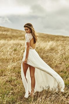 TOP 5 Drop Dead Gorgeous (new) Wedding Dresses From Grace Loves Lace