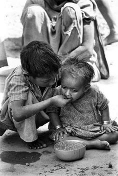 You have nothing to complain about:by Fozia Malik Poor Children, Precious Children, Beautiful Children, Emotional Photography, Children Photography, Portrait Photography, Kids Around The World, People Of The World, Black And White Portraits
