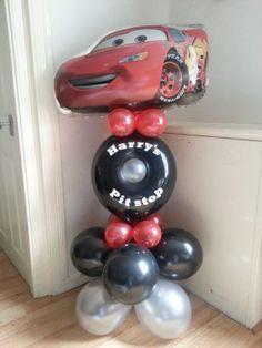 Personalised Lightning Mcqueen column by Ballooniversal :)