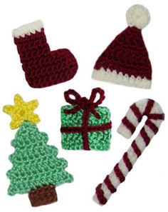 Christmas Crochet Patterns.  For some reason, red looks like dark brown.  Hmmm...?