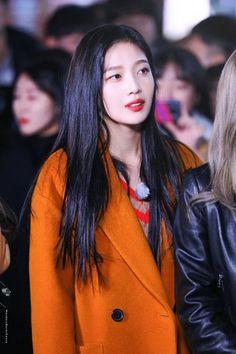 Seulgi, South Korean Girls, Korean Girl Groups, Irene, Park Joy, Rapper, Queens, Strawberry Hair, Red Velvet Joy