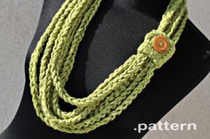 crochet-chain-scarf-pattern  too bad i can't crochet