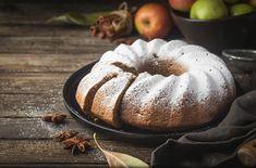 Almás, fahéjas kuglóf kevert tésztából: csak 10 perc munka, a többit a sütő intézi - Recept   Femina Bulgarian Recipes, Bulgarian Food, Cake Recipes, Pudding, Cooking Recipes, Mint, Favorite Recipes, Bread, Crack Cake