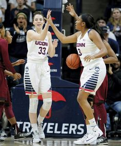 Katie Lou Samuelson gets confidence boost from Breanna Stewart