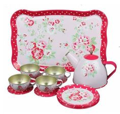 Little girl's tea set