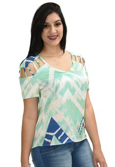 Blusa Energia Estampada Verde Sleeves Designs For Dresses, Dress Neck Designs, Blouse Designs, Bras For Backless Dresses, Tropical Fashion, Really Cute Outfits, Fancy Tops, Frocks For Girls, Casual Tops