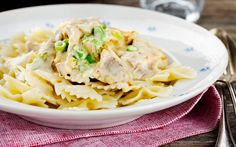Italialainen kanapasta Healthy Fats, Healthy Choices, Extreme Diet, Vegetable Dishes, Quick Meals, Food Inspiration, Macaroni And Cheese, Cravings, Spicy