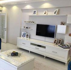 Ikea Deco, Tv Wanddekor, Tv Wall Decor, Tapis Design, Vintage Room, Vintage Stil, Salon Design, Ikea Furniture, Tv Unit