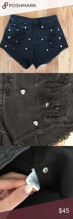 Carmar denim high waisted ripped shorts 27 Size 27 carmar black ripped shorts. Lf stores. Gorgeous short Carmar Shorts