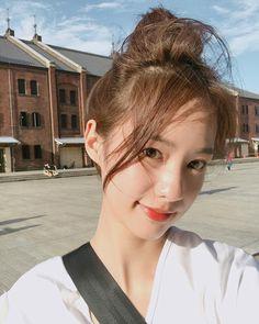 Cute Young Girl, Cute Girls, Aesthetic Korea, Girl Korea, Ulzzang Korean Girl, Ulzzang Fashion, Instagram Girls, Beautiful Asian Girls, Girl Photography
