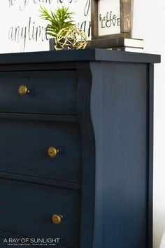 How to Paint a Dreamy Blue Dresser with gold hardwareq! Learn how to glaze over chalk paint so you can paint your thrift finds in a unique navy blue! This navy blue tall dresser furniture makeover is perfect for a farmhouse style home. Blue Painted Furniture, Dresser Furniture, Chalk Paint Furniture, Furniture Decor, Furniture Design, Barbie Furniture, Chalk Painted Dressers, Garden Furniture, Refurbished Furniture