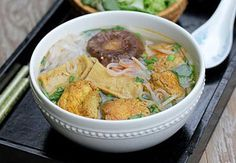 Cách làm Hủ tiếu chay đơn giản tại nhà   Món ngon mỗi ngày Meat, Chicken, Food, Essen, Meals, Yemek, Eten, Cubs
