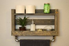 Modern Industrial Bathroom Shelf with Wood Towel Bar Rack Rustic Weathered Gray Cast Iron Pipe Wooden Shelf Design, Diy Wooden Shelves, Bathroom Wood Shelves, Wooden Bathroom, Wooden Diy, Wall Shelves, Bathroom Wall, Bathroom Grey, Washroom