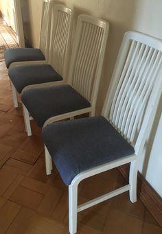 1986 hankitut tuolit ovat vielä käyttökelpoiset. Istuinpäällinen on vuosien varrella vaan vaihtunut useampaan otteeseen. 2017 valittiin farkunsävyinen kangas. Vahvat tuolit palvelevat vielä hyvin rantamökissä.