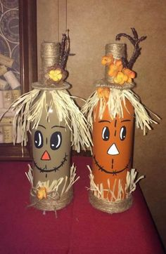 Wine Bottle Crafts – Make the Best Use of Your Wine Bottles – Drinks Paradise Glass Bottle Crafts, Wine Bottle Art, Painted Wine Bottles, Thanksgiving Crafts, Holiday Crafts, Diy Fall Crafts, Fall Halloween, Halloween Crafts, Scarecrow Crafts