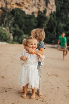 Family time in thailand - barefoot blonde by amber fillerup clark Cute Little Baby, Little Babies, Cute Babies, Baby Kids, Cute Baby Pictures, Baby Photos, Fashion Kids, Blonde Babies, Blonde Baby Boy