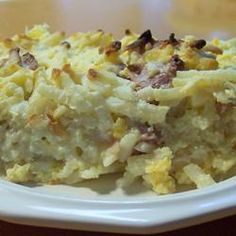 Find easy breakfast casserole recipes you can whip up for overnight guests or make ahead in your crock pot. Pick from popular recipes like hash brown casserole and sausage breakfast casserole. Ham And Potato Casserole, Brunch Casserole, Breakfast Casserole Easy, Breakfast Dishes, Breakfast Time, Casserole Recipes, Breakfast Recipes, Breakfast Ideas, Overnight Breakfast