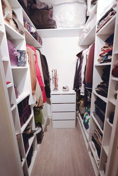 Here is a new finished project from a small rearranged dressing room. Initially, a very small room with some shelves that lacked … Source by marinemestr Closet Bedroom, Bedroom Decor, Closet Shoe Storage, Closet Layout, Dressing Room Design, Room Planning, Bathroom Kids, Closet Designs, Beautiful Bedrooms