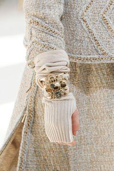 2016-17秋冬プレタポルテコレクション - シャネル(CHANEL)クローズアップ|コレクション(ファッションショー)|VOGUE JAPAN