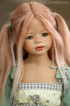 Kinja. Vinil collectible doll by Annette Himstedt