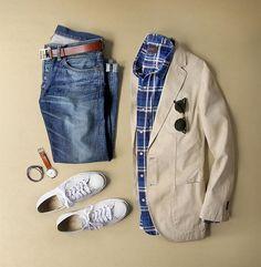 A fresh start to the week. Blazer: @clubmonaco Denim: RRL @ralphlauren Shirt: @jachsny Bracelet: @caputoandco Shoes: @converse Jack Purcell Glasses: @rayban Belt: @jcrew