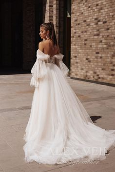 Long Sleeve Wedding, Wedding Dress Sleeves, Boho Wedding Dress, Wedding Dress Colors, Wedding Dress Country, Simply Wedding Dress, Off Shoulder Wedding Dress, Tulle Wedding Gown, Vestidos Color Pastel