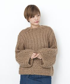 MILKFED.,HAND KNITTED BALLOON TOP Find looks using this item.
