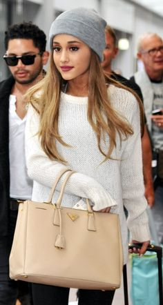 Ariana Grande ♥ still gorgeous when casual <3