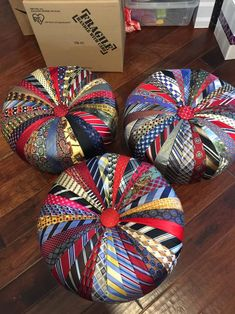 Tie Crafts, Diy Crafts To Sell, Fabric Crafts, Sewing Crafts, Sewing Projects, Craft Projects, Arts And Crafts, Projects To Try, Old Neck Ties