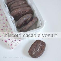 Biscotti senza burro e senza olio. Ottima merenda per i vostri piccoli, senza però rinunciare al gusto!