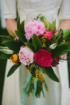 Peony bridal bouquet | Amber Vickery Photography | see more on: http://burnettsboards.com/2015/03/60s-styled-shoot-inspired-cy-twombly/