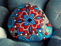 Scandinavian Starlight/ Painted Rock / Sandi Pike Foundas / Cape Cod. via Etsy.