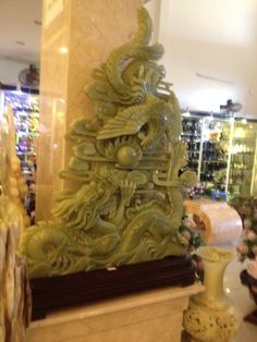 landscape in green onyx.  Pls contact danang.marble@gmail.com or danangmarble.com.vn for order or more information.