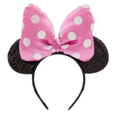 Get the Disney look with this characterful Minnie Mouse headband! A must-have accessory for any mouseketeer, it features fun sequin embellished ears and a 3D padded bow with polka dot detail.
