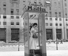 1955 Milano, piazza San Babila