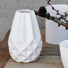 Design Vintage   Geometric Vase   Bloomingville   White Vase