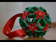 kusudama christmas flowers. Link download: http://www.getlinkyoutube.com/watch?v=M58JO_wyba0