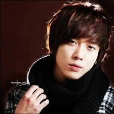Resultado de imagen para fotos de jung yong hwa