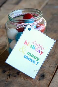 Free Printable Birthday Gift Tags | theidearoom.net