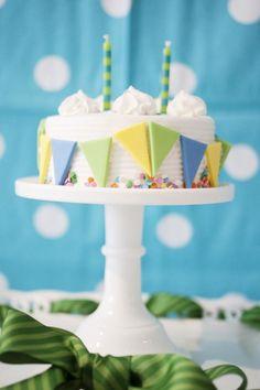 Pennant flag cake