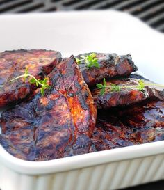 Marinated pork ribs for barbecue – Foods Marinated Pork Ribs, Pork Chop Marinade, Barbecue Recipes, Grilling Recipes, Pork Recipes, Ribs On Grill, Grilling Ribs, Bbq Grill, Pork Chops
