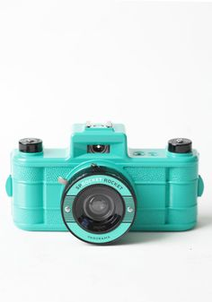 Superpop! Sprocket Rocket Panorama Camera Set By Lomography 89.00 at a href=http://www.threadsence.com/superpop-sprocket-rocket-panorama-camera-set-by-lomography-p-6438.html target=_blankthreadsence.com/a